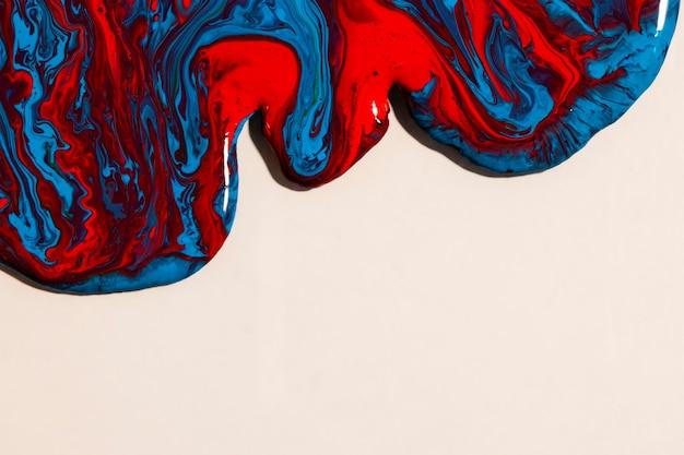 Flache lage mischfarbe auf hellem hintergrund Kostenlose Fotos