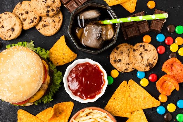 Flache lage von fast-food-mahlzeit Kostenlose Fotos