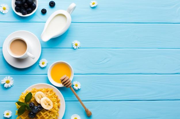 Flache lagefrühstückszusammensetzung mit copyspace Kostenlose Fotos