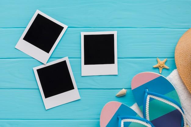 Flache lagepolaroidbilder mit strandkonzept Kostenlose Fotos