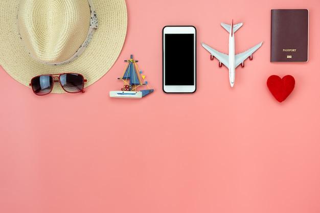 Flaches laienbild von zubehörkleidung mann oder frauen, um reise im urlaubshintergrund zu planen. Premium Fotos