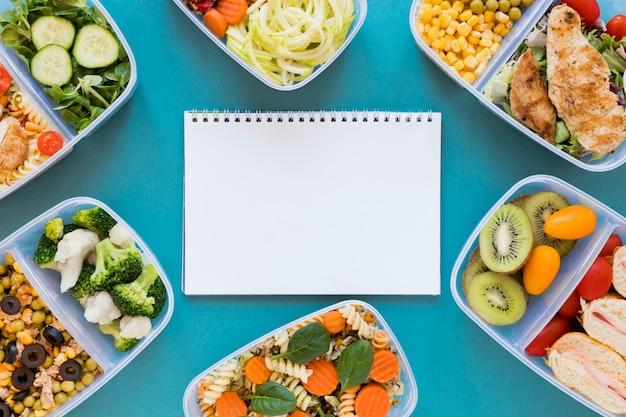 Flaches sortiment gesundes essen Kostenlose Fotos