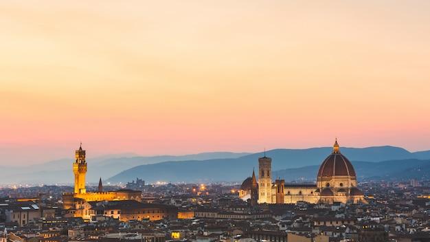 Florenz, italien, panoramablick bei sonnenuntergang Premium Fotos