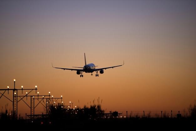 Flugzeug schießen hohe qualität Premium Fotos