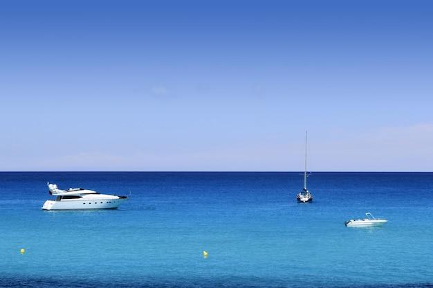 Formentera cala saona beste strände Premium Fotos