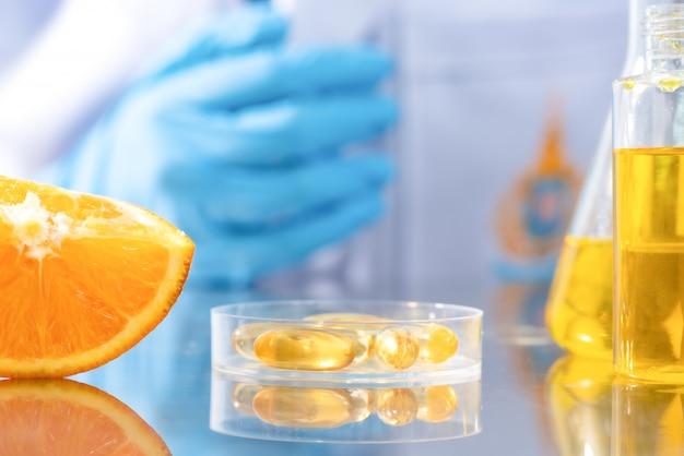 Forschung an natürlichen extrakten in laboratorien Premium Fotos