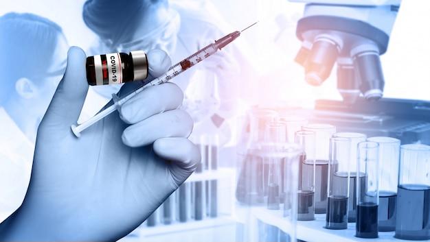 Forschungs- und entwicklungskonzept für coronavirus covid-19-impfstoffe für medizinische tests Premium Fotos