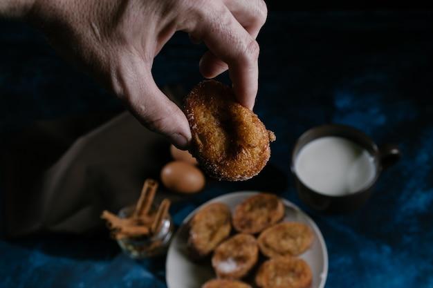 Französisch toast ostern Premium Fotos