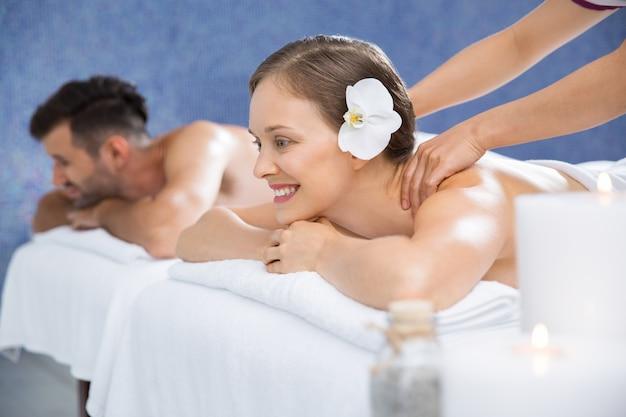 kostenlose bilder von frauen öl massage