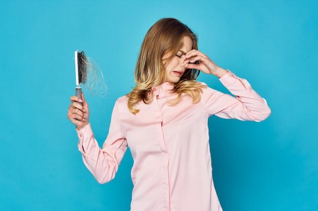 Frau haarausfall problem Premium Fotos
