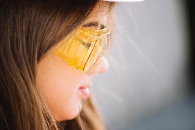Frau in schutzbrille Kostenlose Fotos