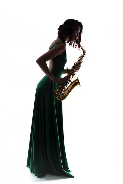 Frau mit dem saxophon getrennt Premium Fotos