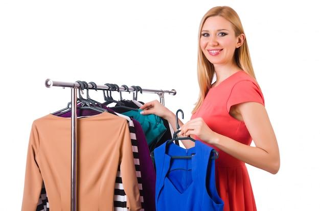Frau mit der kleidung getrennt auf weiß Premium Fotos