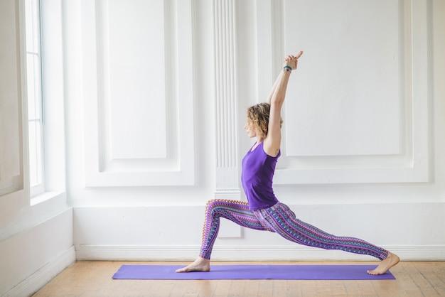 yoga vektoren fotos und psd dateien kostenloser download. Black Bedroom Furniture Sets. Home Design Ideas