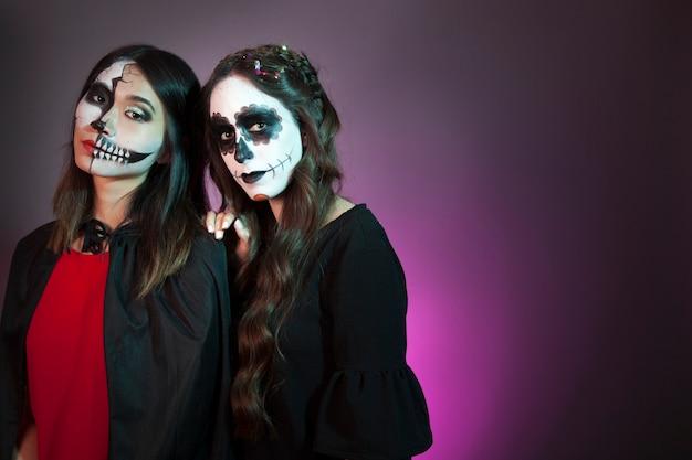 Frauen als vampire verkleidet Kostenlose Fotos