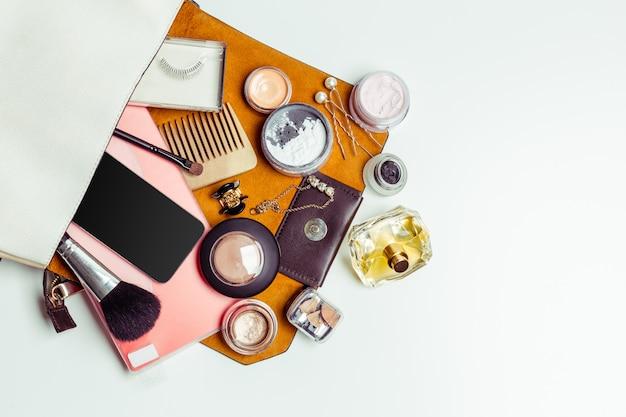 Frauentasche von innen nach außen Premium Fotos