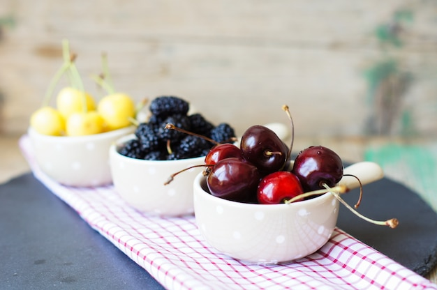 Frische früchte Premium Fotos