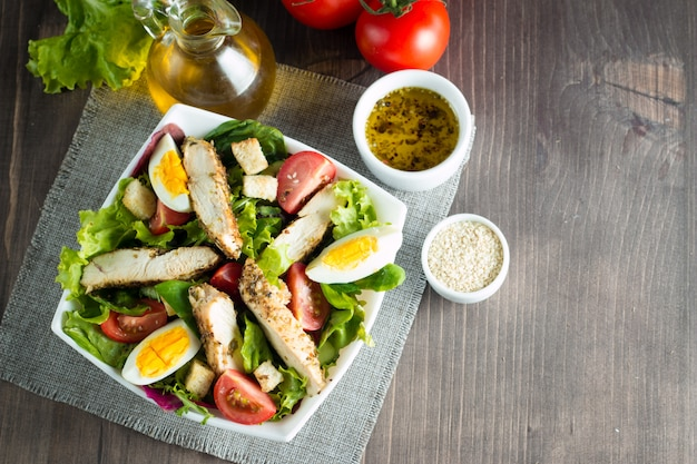 Frischer caesar salat Premium Fotos