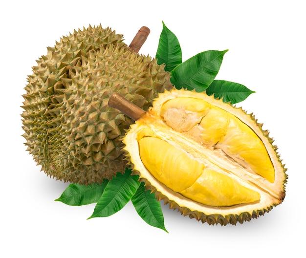 Frischer durian mit blatt lokalisiert auf weiß, durianfrucht isoliert. mit beschneidungspfad. Premium Fotos
