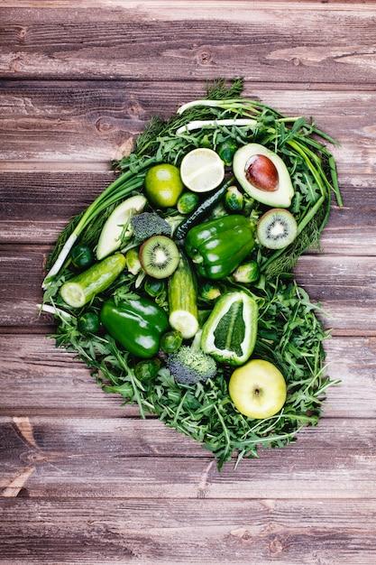 Frisches gemüse, obst und grün. gesundes leben und essen. Kostenlose Fotos