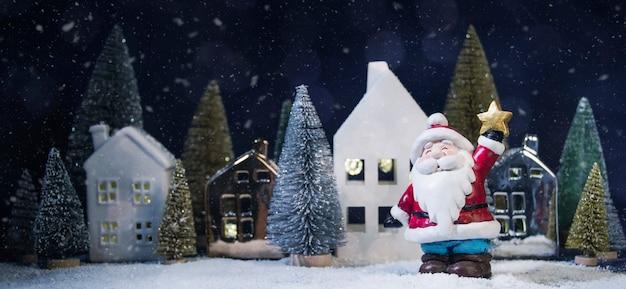 Frohe weihnachten und ein gutes neues jahr, feiertagsgrußkarte, unscharfer bokeh hintergrund Premium Fotos