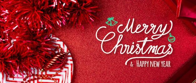 Frohe weihnachten und guten rutsch ins neue jahr-rothintergrund Premium Fotos