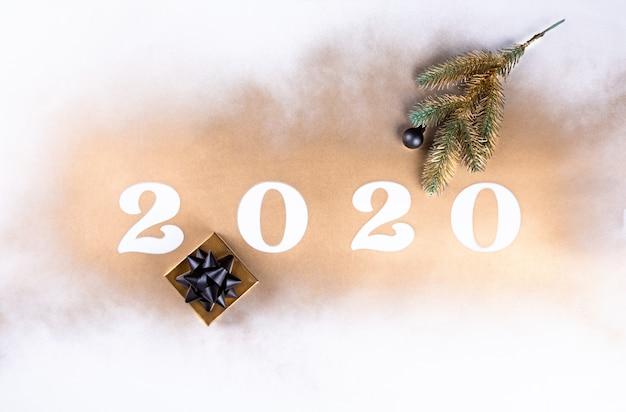 Frohes neues jahr 2020. festlich leuchtende komposition Premium Fotos