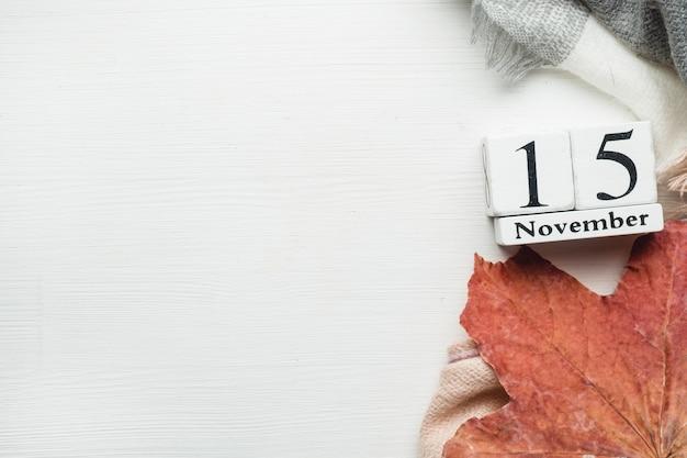 Fünfzehnter tag des herbstmonatskalenders november Premium Fotos