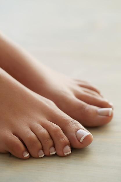 Füße einer frau | Kostenlose Foto