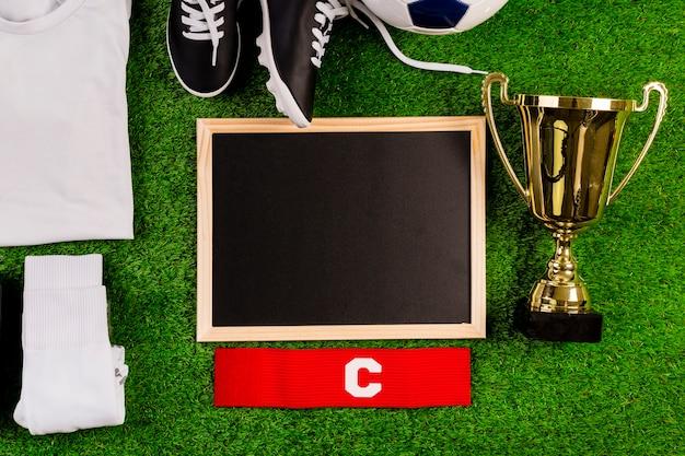 Fußballzusammensetzung mit schiefer Kostenlose Fotos