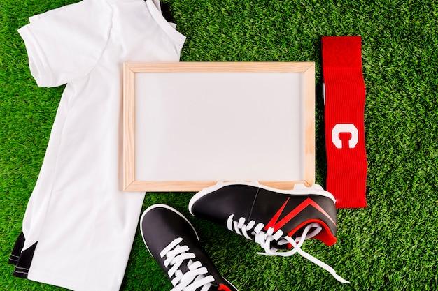 Fußballzusammensetzung mit whiteboard Kostenlose Fotos