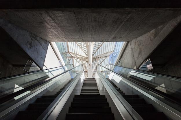 Gare do oriente Premium Fotos