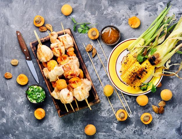 Gebackenes putenfleisch Premium Fotos