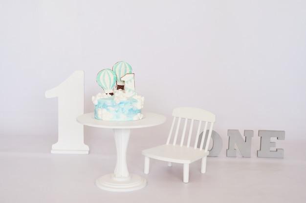 Geburtstag 1 jahr cake smash decor Premium Fotos