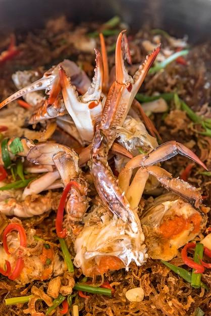 Gedämpfte krabben fadennudeln Premium Fotos