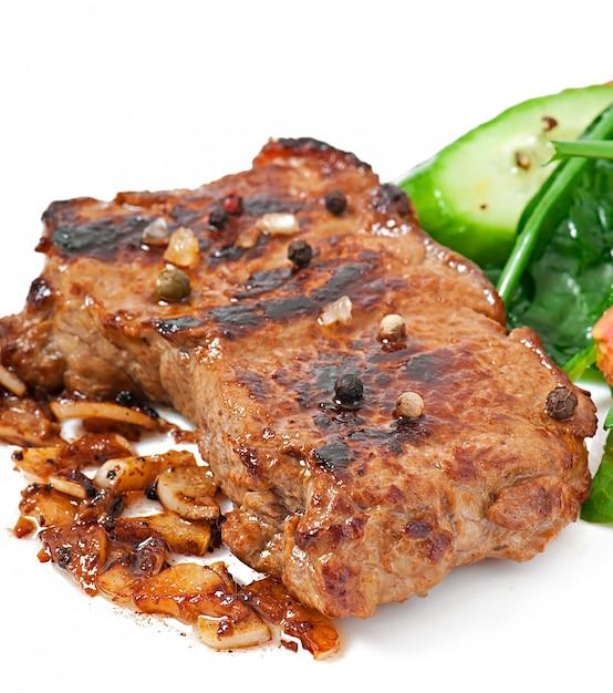 Gegrilltes steak und gemüse Kostenlose Fotos