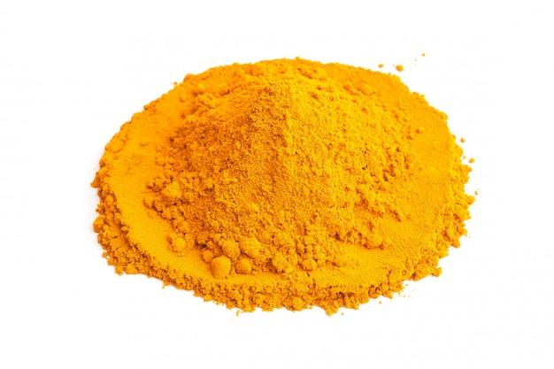 Gelbwurzpulver (kurkuma) auf weißem hintergrund. kräuter- Premium Fotos