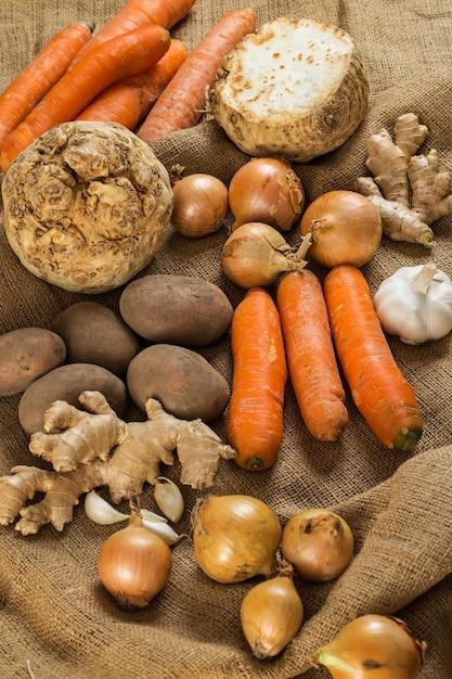 Gemüse auf decke Kostenlose Fotos