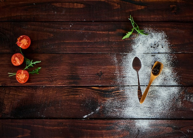 Gemüse auf dem braunen küchentisch Premium Fotos