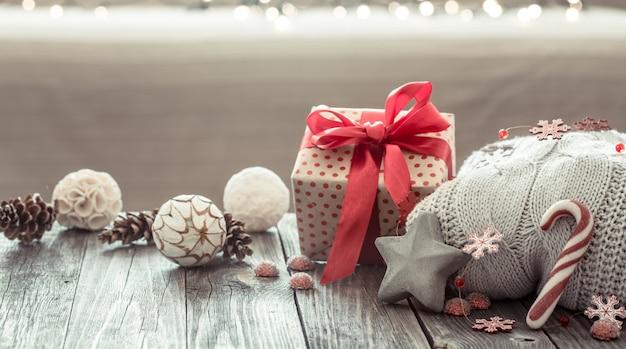 Gemütliche weihnachtskomposition Kostenlose Fotos