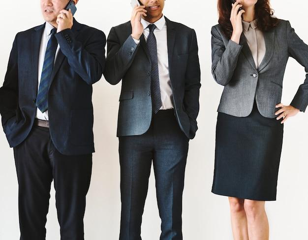 Geschäftsleute, die auf abruf sprechen Premium Fotos