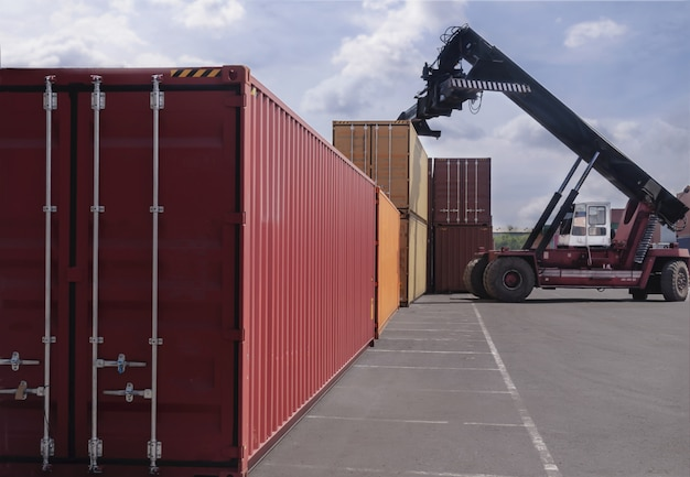 Geschäftslogistikkonzept von container cargo Premium Fotos