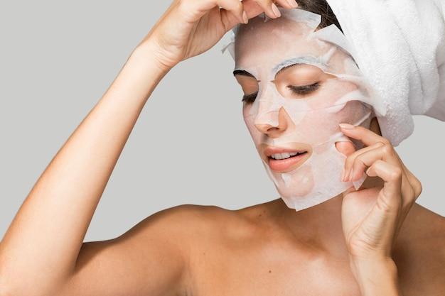 Gesicht schönheitsmaske selbstpflege zu hause porträt Kostenlose Fotos