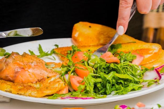 Gesundes frühstück mit gemüse Kostenlose Fotos