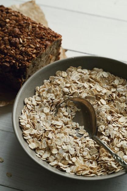 Gesundes haferflocken zum frühstück Kostenlose Fotos