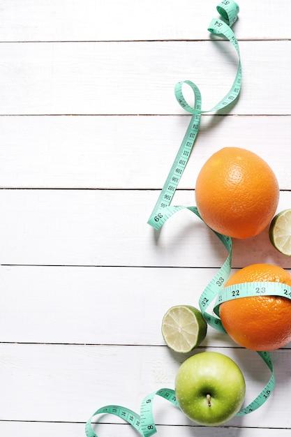 Gesundheitszusammensetzung mit früchten Kostenlose Fotos