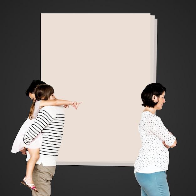 Geteilte familie, die sich scheiden lässt | Kostenlose Foto