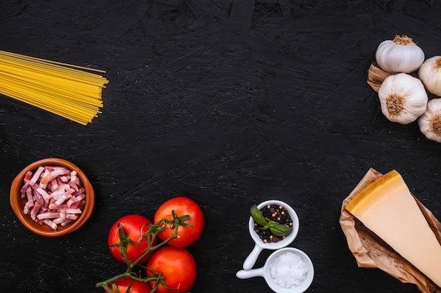 Gewürze und zutaten für pasta Kostenlose Fotos