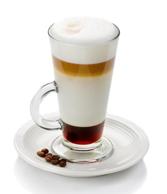 Glas latte macchiato getrennt Premium Fotos
