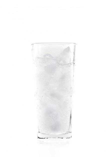 Glas mineralwasser mit eis Kostenlose Fotos